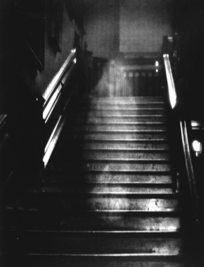 Raynham_Hall_ghost_photograph