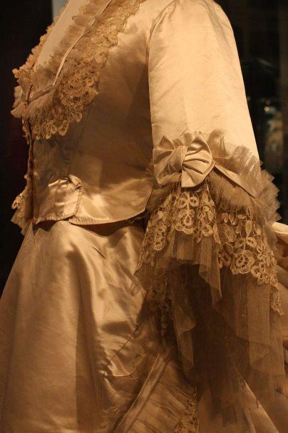 BLW_Wedding_Dress